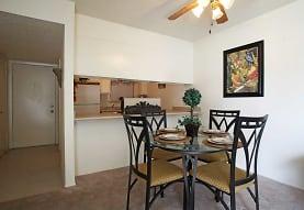 Gretna Park Apartment Homes, Gretna, LA