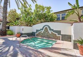 Laurel Canyon Apartment Homes, Ladera Ranch, CA