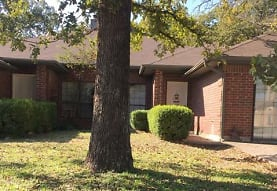 316 Lochridge Dr, Azle, TX