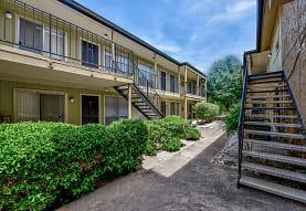 Oak Park Apartments - Austin, TX 78751