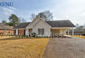 215 Sundance Cir, Richland, MS