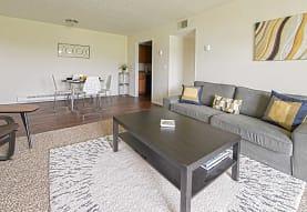 Oakwood Apartments, West Carrollton, OH