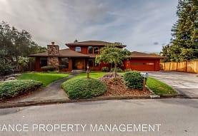 6145 Lockwood Dr, Windsor, CA