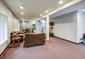 Sherwood Forest Apartments, Council Bluffs, IA