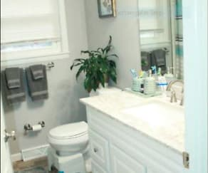 Bathroom, 721 Franlyn Drive