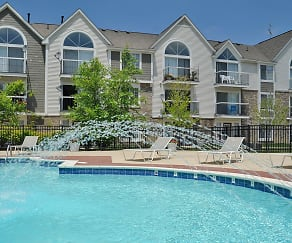Pool, Westlake