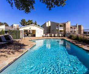 Pool, Creekwood Apartments