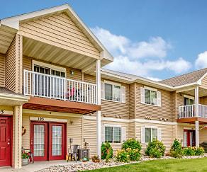 Building, Desoto Estates Apartments & Townhomes