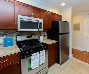 Kitchen, The Villas at Bryn Mawr Apartment Homes