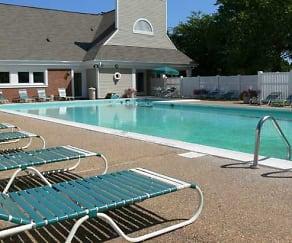 Pool, Cross Creek