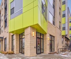 Building, 8Twenty Park Apartments