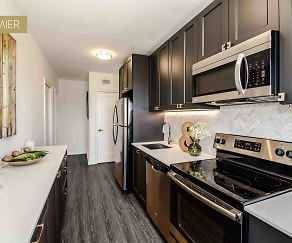 K13 3BR Kitchen, Garden Court Plaza Apartments