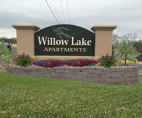 Community Signage, Willow Lake Apartments