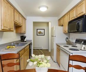 Kitchen, Glenbrook Manor