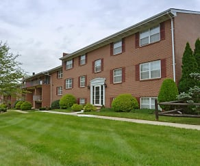 Building, Perry Hall Apartments