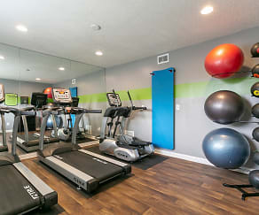 Fitness Weight Room, Candlewood Apartments