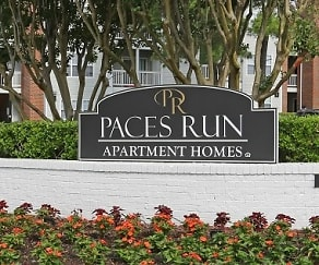 Community Signage, Paces Run