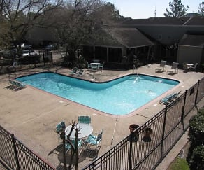 Pool, Rockridge Springs