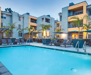Pool, The Crescent at West Hollywood
