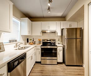 Kitchen, Gull Harbor Apartments