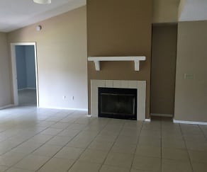 Living Room, 874 Tomlinson Ter