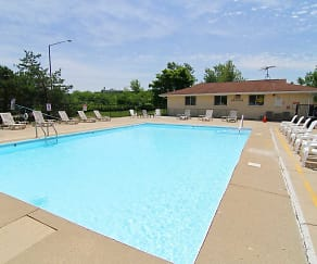 Pool, Emhurst Lake Apartments