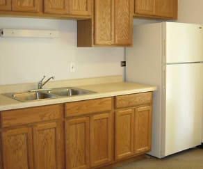 Kitchen, Crestline Villa Apartments