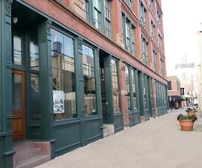 Building, Lake Street Lofts