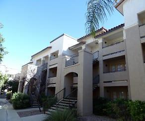 Building, Lantana Apartment Homes