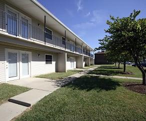 Building, Partridge Pointe