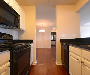 Kitchen, Wabash Landing Apartments