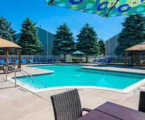Resort Style Pool, Waterford Pines in Waterford, MI, Waterford Pines