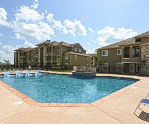 Pool, Jackson Place