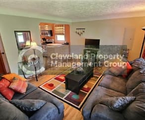 Living Room, 34186 Waldmer Dr