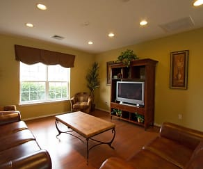 Living Room, Summit at Owings Mills