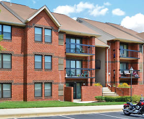 Building, Tamarron Apartments