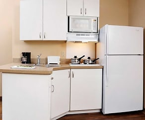 Kitchen, Furnished Studio - White Plains - Elmsford