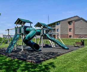 Playground, Brookstone Apartments