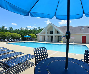 Pool, Crabtree Crossing Apartments and Townhomes