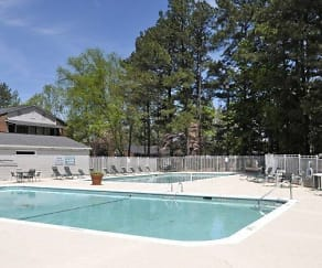 Pool, Whispering Pines