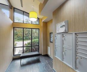 Oaks Glen Lake Apartments, Shorewood, MN