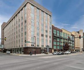 Building, ReNew Wichita