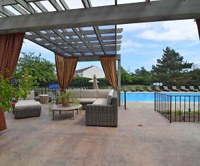 Pool, Park Club