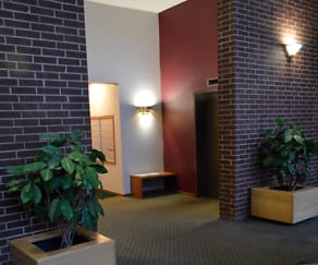 Living Room, The Ridge Apartments