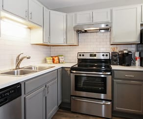 Kitchen, The Hinsdale Apartment Homes