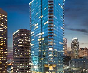 Watermarke Tower