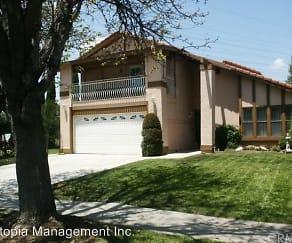 18543 Kinzie Street, 91324, CA