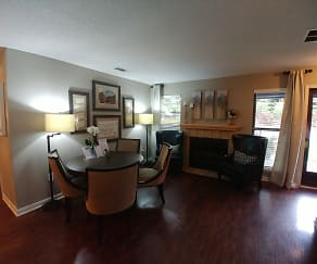 Dining Room, River Ridge