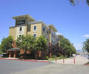 Building, Furnished Studio - Oakland - Alameda