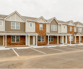 Building, Mill Springs Townhomes